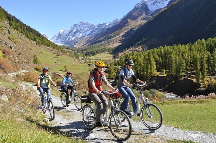 Mit E-Bikes und Pedelecs machen Radreisen noch mehr Spaß