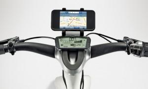 Innovativ: Konsole von BionX und Smartphone (SMART e-Bike)