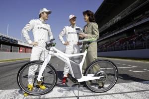 Uebergabe smart ebike an Michael Schumacher und Nico Rosberg