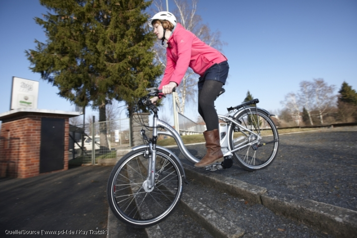 10 tipps zum sicheren umgang mit e bikes und pedelecs. Black Bedroom Furniture Sets. Home Design Ideas