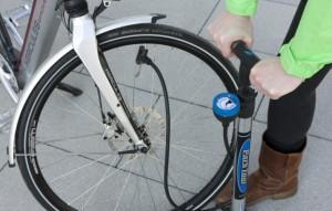 E-Bike aufpumpen