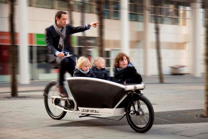 effizient und im trend cargo e bikes. Black Bedroom Furniture Sets. Home Design Ideas