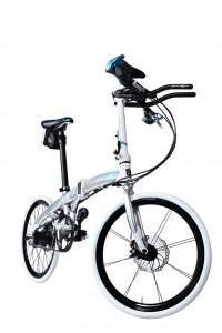Das Dahon Mu Rohloff ist ein schickes und sportliches Faltrad mit 14-Gang Nabenschaltung