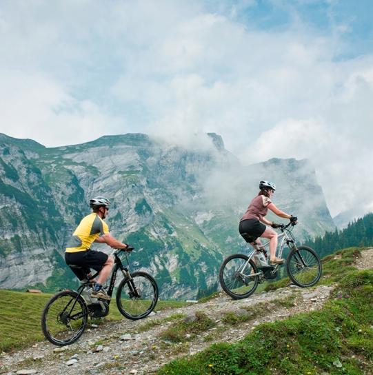 Mit e-Bikes im Hochgebirge